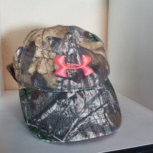 🍁 UA Under Armour Women's Camouflage Ball Cap